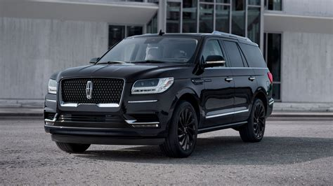 The 2020 Lincoln Navigator Gets All Monochrome-y with New