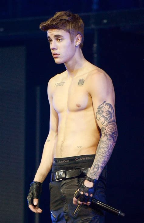 Justin Bieber Gets Some Mark Wahlberg Advice: 'Pull Your
