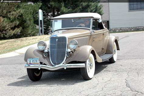 Auction Results and Sales Data for 1934 Ford Model 40 DeLuxe
