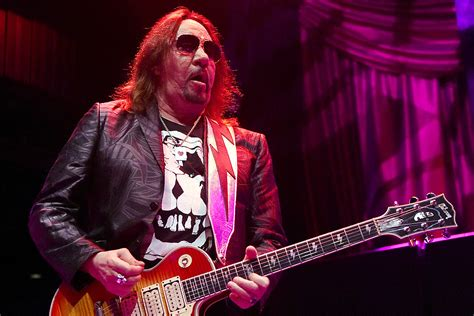 Ace Frehley Confused by People Who Call Him an Influence