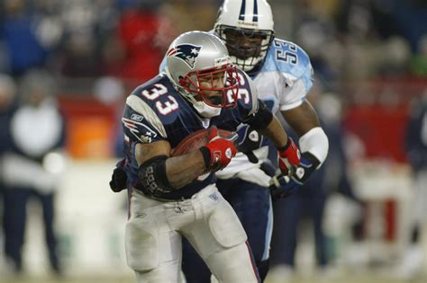 Pats' Past: The Patriots defeat the Titans in the coldest