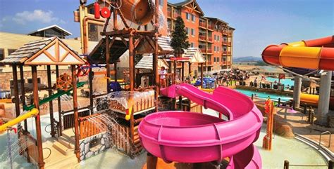 10 Tennessee Waterparks Sure To Cool Down Your Summer