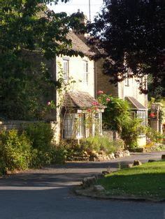 16 Best Old English Homes images | English cottage, Cute