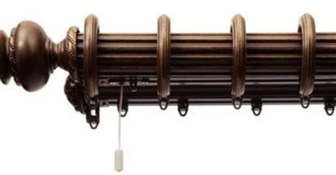 Decorative double traverse rod with rings