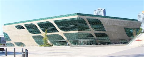 City Centre Library | Surrey Libraries