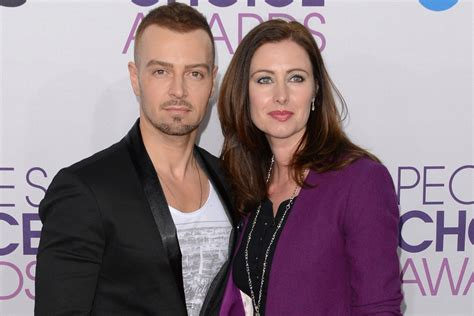 Joey Lawrence files for divorce from wife, Chandie, of