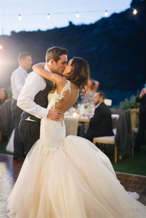 Country Songs for your Wedding First Dance - Belle The