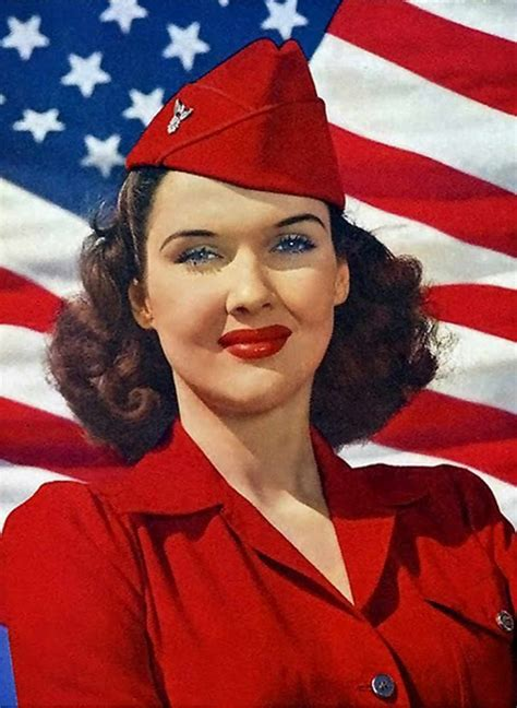 Classic Color 1941 Victory Red Lipstick | Glamourdaze