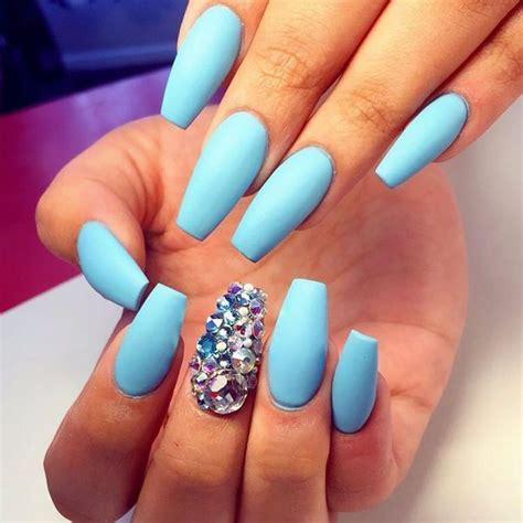 Pin on Ongles Mat
